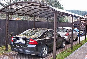 Навес для автомобилей из поликарбоната