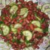 Салат из фасоли с огурцами