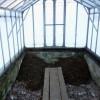 Укладку органики в теплицы начинают еще осенью